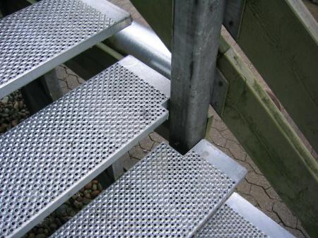 Udskiftning af trappetrin